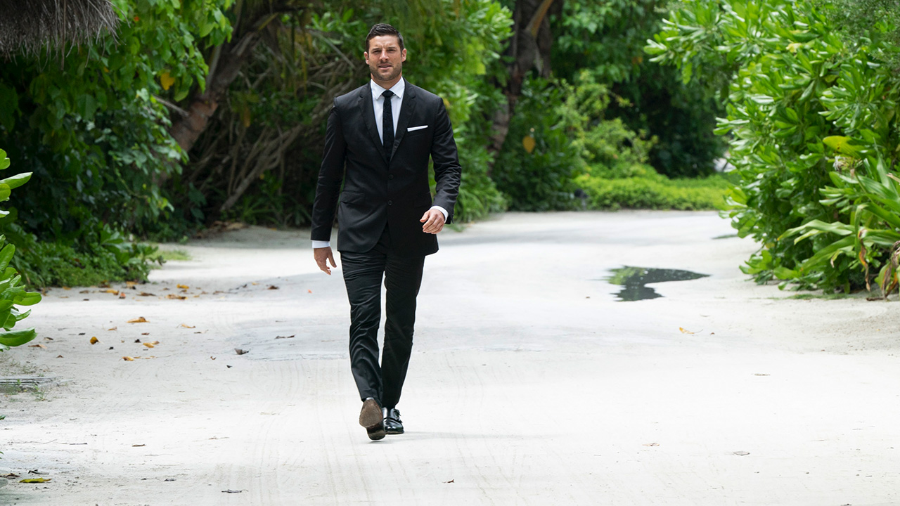 bachelorette finale photos, 2018, becca kufrin, blake, garrett, maldives, final rose
