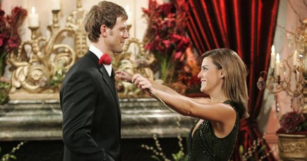 Travis Lane Stork and Sarah Stone Holding Rose Looking At Each Other Season 8 The Bachelor