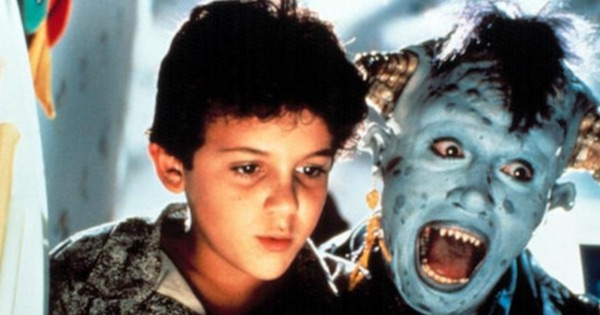 young boy and monster in film Little Monsters