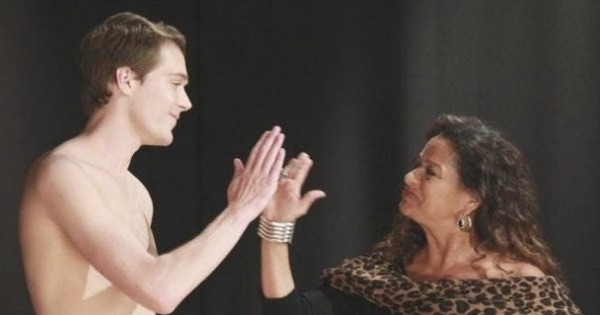 Catherine Avery giving naked patient high five Grey's Anatomy