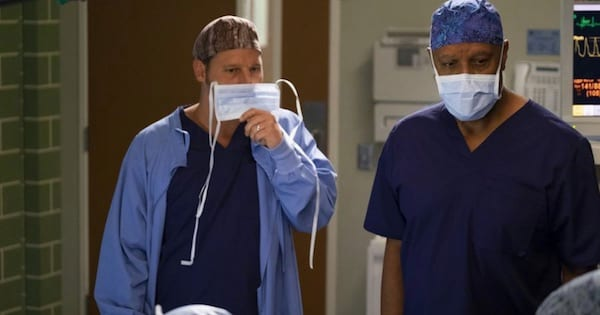 Grey's Anatomy season 15, Alex Karev and Richard Webber holding scrub masks to face