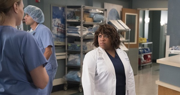 Miranda Bailey looking back concerned, Grey's Anatomy season 15