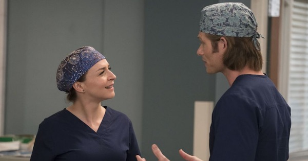 Caterine Scorsone and Chris Carmack talking, Grey's Anatomy via ABC
