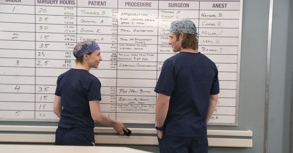 Chris Carmack and Caterina Scorsone looking at each other talking, Grey's Anatomy season 15