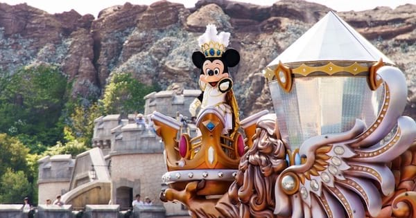 Mickey Mouse in crown on top of crown at Tokyo Disneyland, Disney Theme Parks ranking
