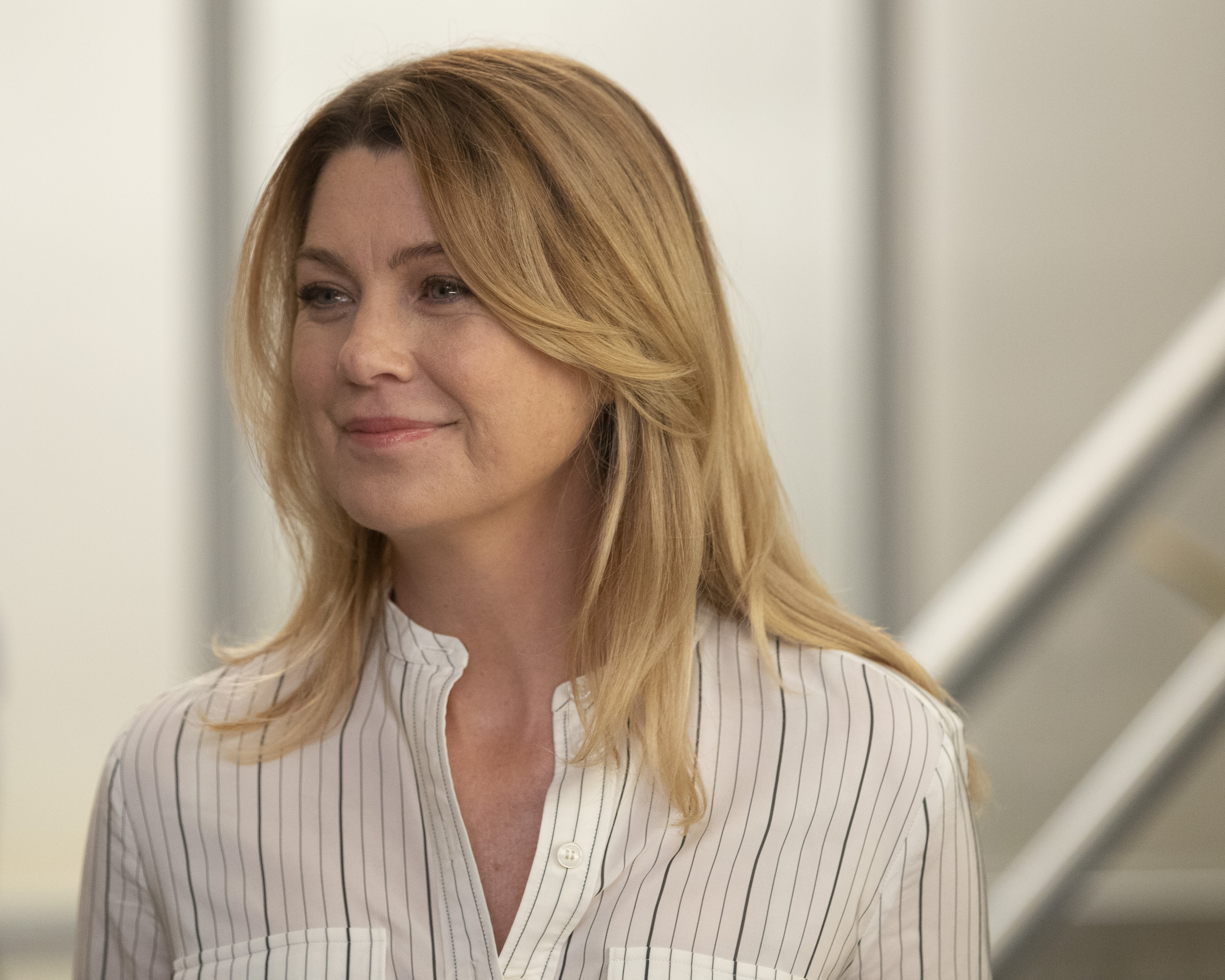 Meredith Grey half smiling, Grey's Anatomy 093018