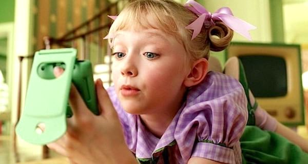 Cat In The Hat, dakota fanning, child, kid, smart, phone, funny, words, quiz, personality
