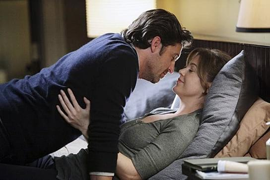 Derek and Meredith in bed together in Grey's Anatomy