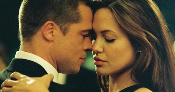 Brand Pitt and Angelina Jolie dancing together in Mr. & Mrs. Smith (2005)
