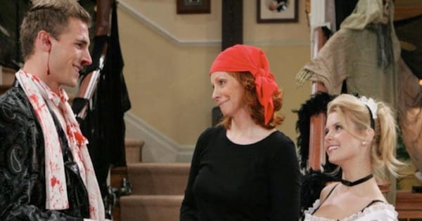 reba and two other dressed in halloween costumes