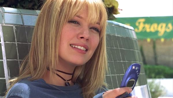 a cinderella story, cell phone, phone, text, smart, hero, thinking, talking