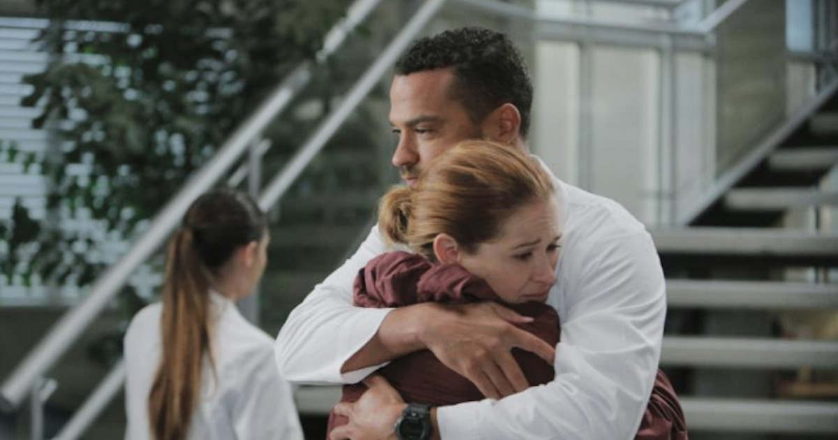 jackson avery and april kepner hugging sad on grey's anatomy