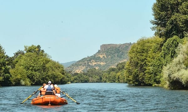 People rafting on a group tour in Oregon