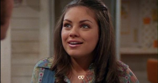 Jackie looking lovingly at Kelso in an episode of That '70s Show