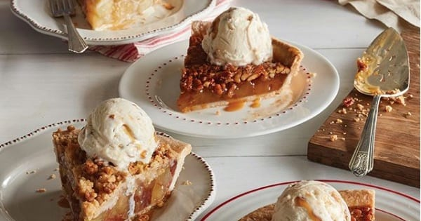 plates of pie from cracker barrel, New Years