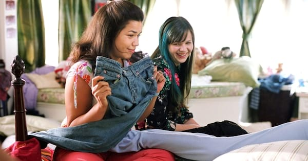 Scene from the movie \Sister Hood of the Traveling Pants.\