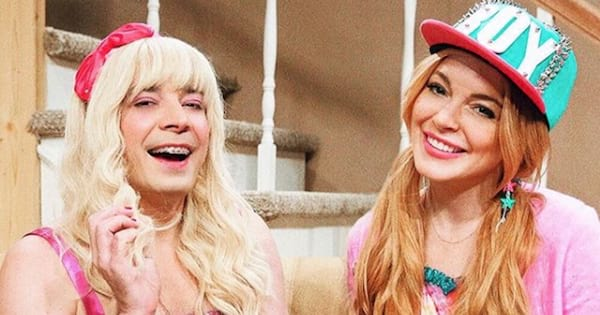 lindsay lohan and jimmy fallon dressed up on late night show