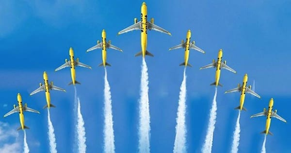 spirit planes flying in the air, airline