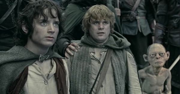 the hobbits and gollum in the lord of the rings the two towers, movies