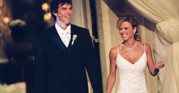 trista and ryan sutter wedding day smiling waving, bachelor nation