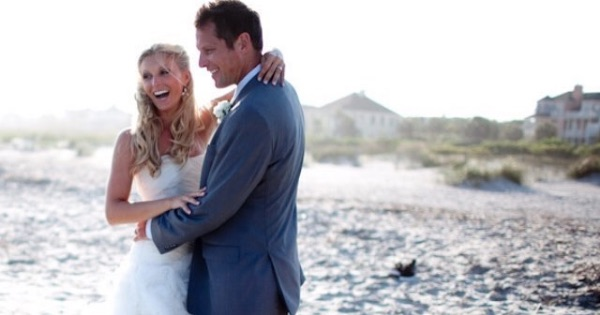peyton and chris lambton wedding beach