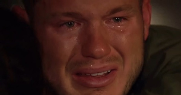 colton underwood the bachelor crying face funny