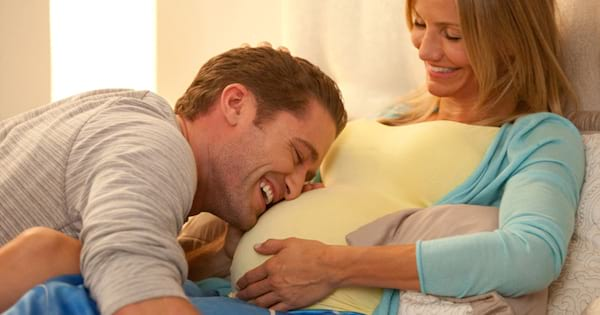 Cameron Diaz and Matthew Morrison in What to Expect When You're Expecting