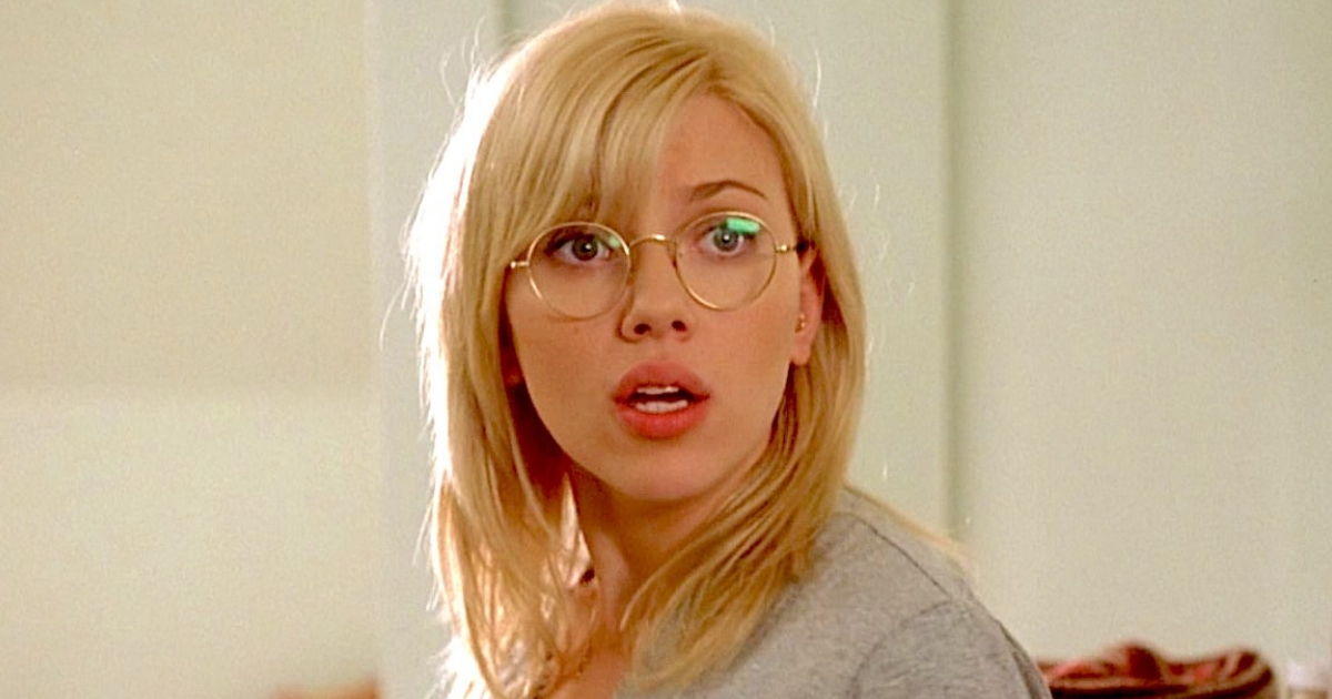 liz, scarlett johansson, glasses, shocked