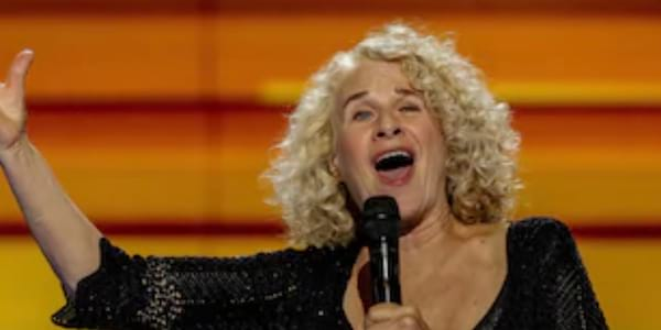 recent images of iconic singers, Music, carole king