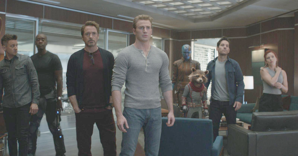 The Marvel characters who survived the snap banding together in 'Avengers: Endgame'