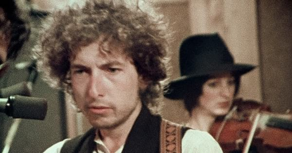 Bob Dylan in the studio preparing for his tour in 'Rolling Thunder Revue: A Bob Dylan Story by Martin Scorsese'