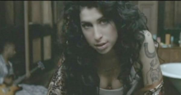 Amy Winehouse performing her single \Rehab\ in a music video for the song