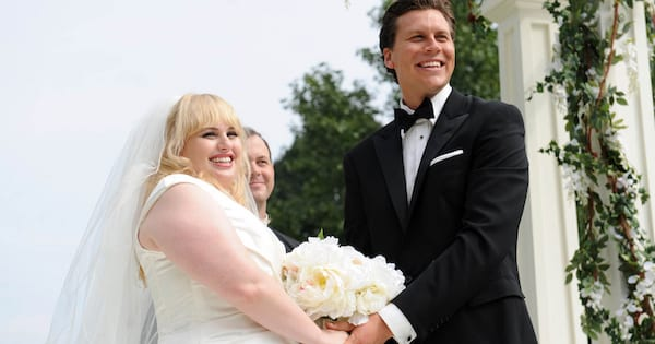 Rebel Wilson getting married to Hayes MacArthur in the movie 'Bachelorette'