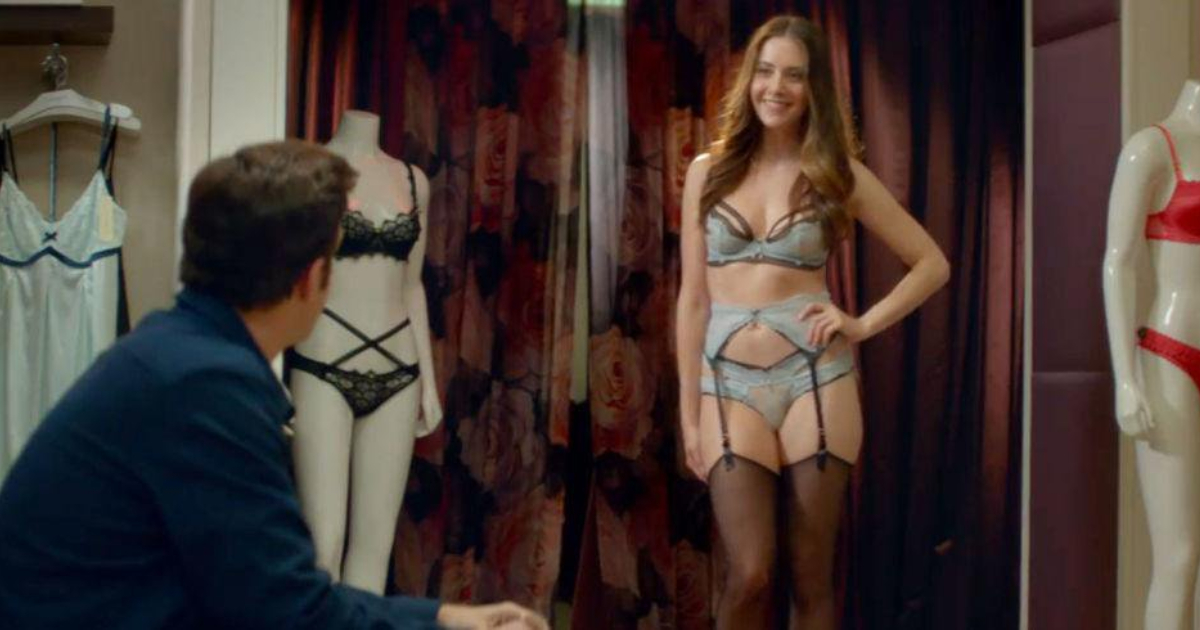 Alison Brie modeling lingerie for Jason Sudeikis in 'Sleeping With Other People'