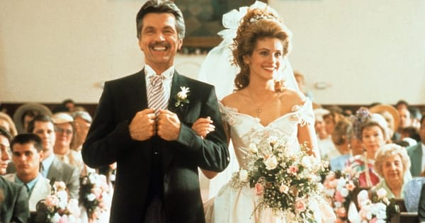 Julia Roberts walking down the aisle on her wedding day in 'Steel Magnolias'