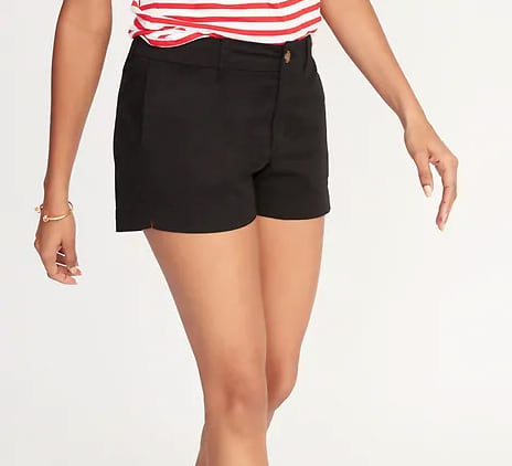 Woman wearing the Mid-Rise Twill Everyday Shorts for Women from Old Navy