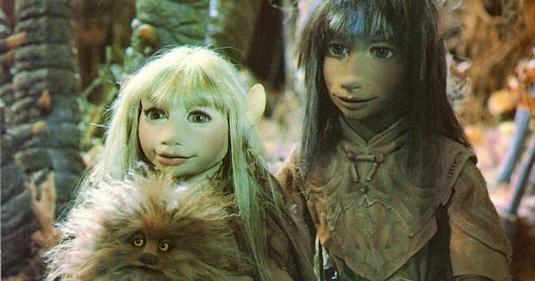 Jen and Kira on a quest in 'The Dark Crystal'