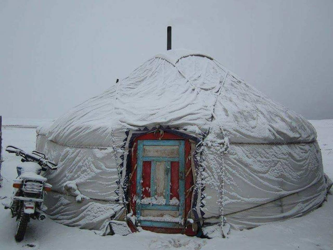 yurt in mongolia airbnb off the grid
