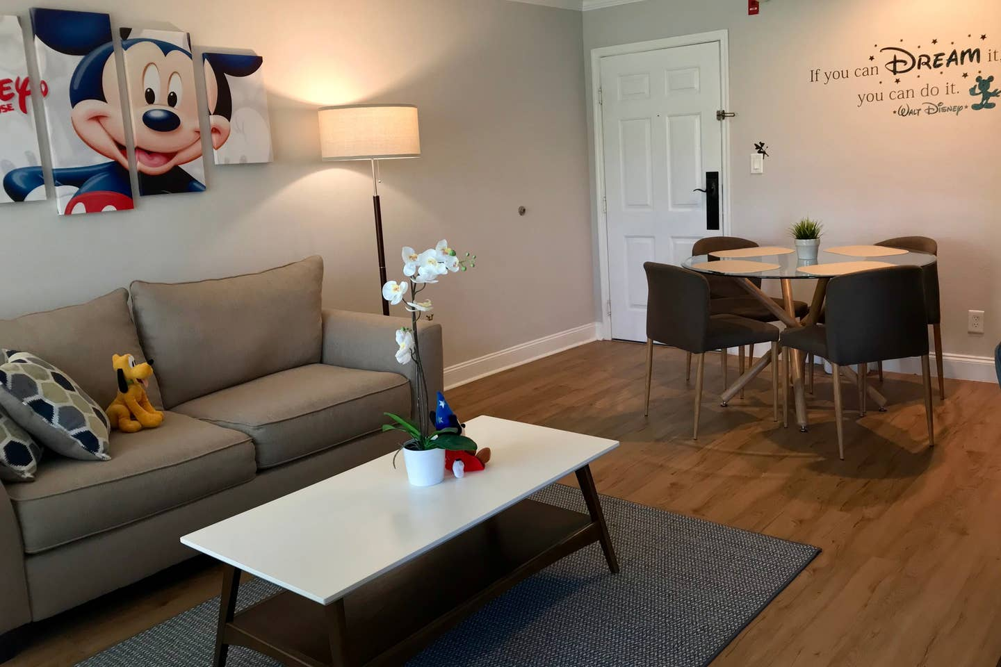 renovated mickey mouse apartment airbnb disney