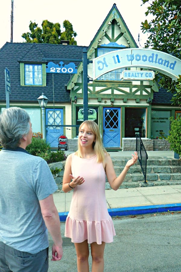 Hollywoodland: Cinema, cults, & Cottages Tour on Airbnb
