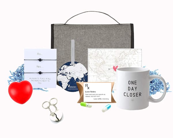 Across the Miles Gift Set for long-distance couples from Amazon