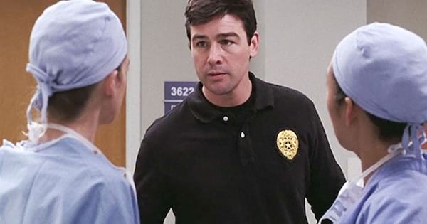 Kyle Chandler playing Dylan Young Grey's Anatomy guest star