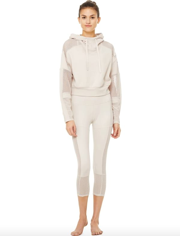 catch hoodie and off the grid capri legging set mesh design from alo yoga