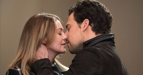 grey's anatomy andrew deluca and meredith grey kissing
