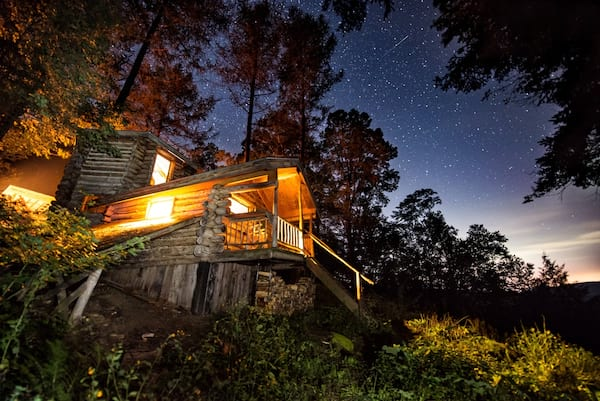 Get off the Grid in this Green Mountain Cabin