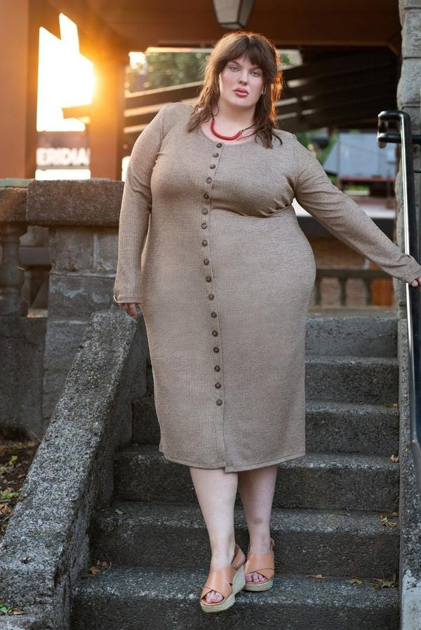 ethical and sustainable clothing, plus-size, made trade