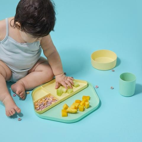 repurpose plastic free plates and table set for kids