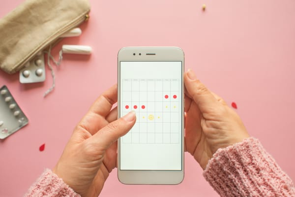 tracking your period cycle, cycle syncing